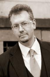 Jacek Ozimkowski - bas
